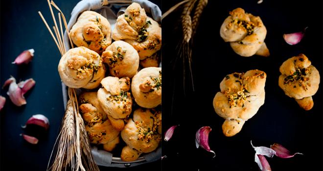 Cómo hacer Nudos de pan con ajo